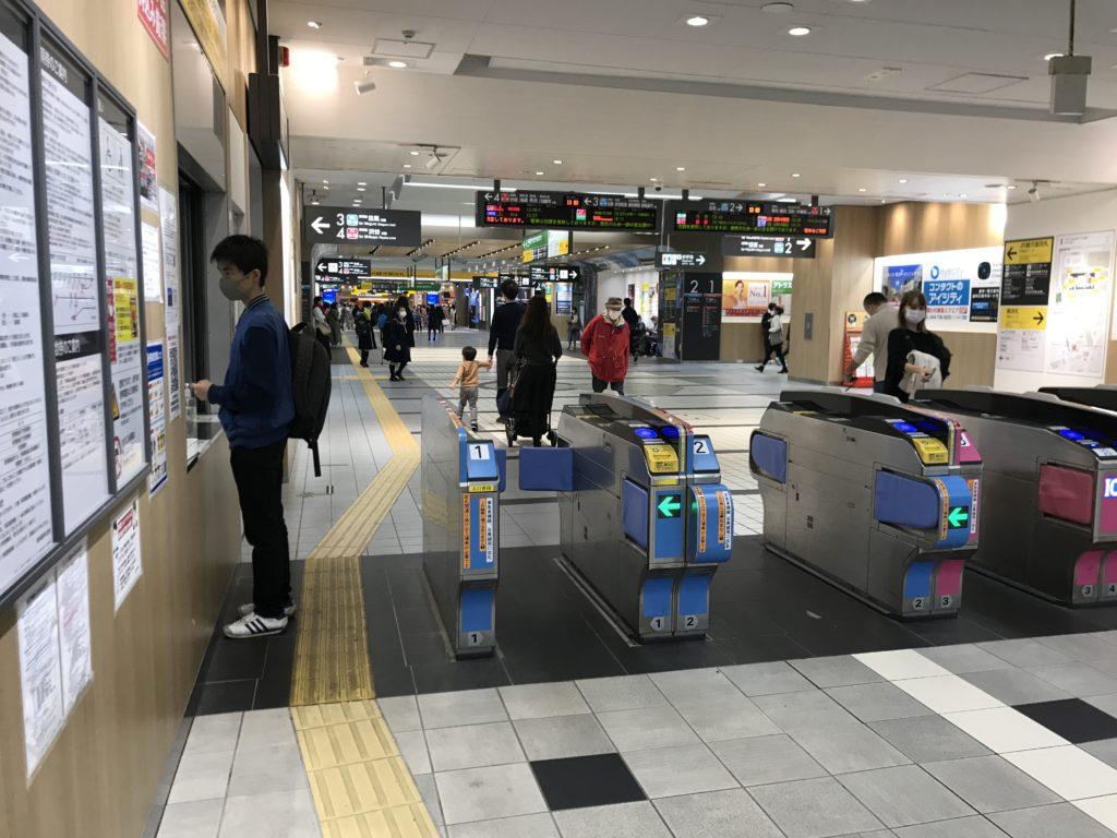 MG11_武蔵小杉駅南口改札