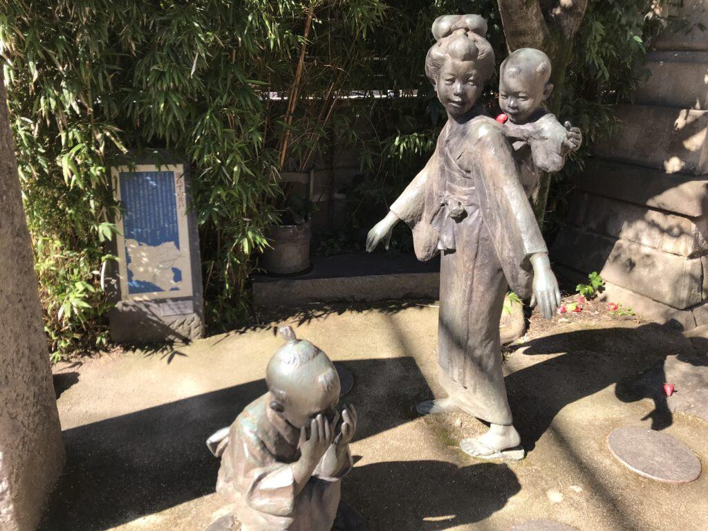 DT03_池尻稲荷神社かごめかごめの像