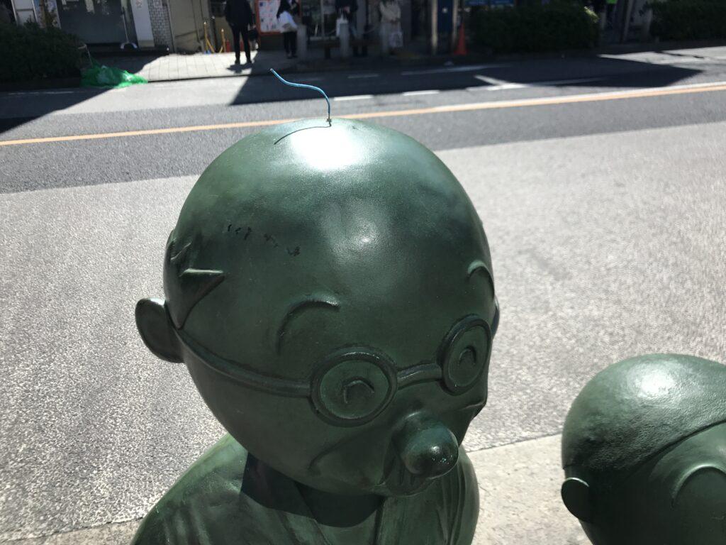 DT05_桜新町駅波平像近影