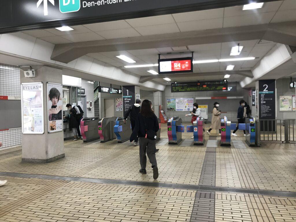DT12_宮崎台駅改札