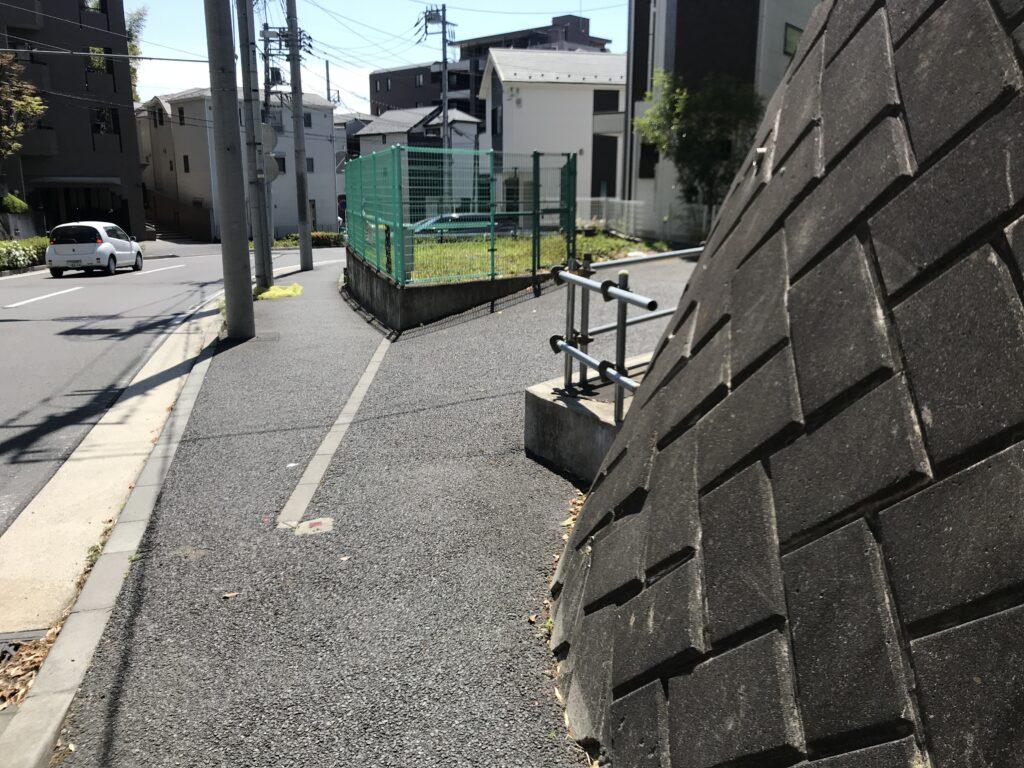 DT17_東名江田バス停08